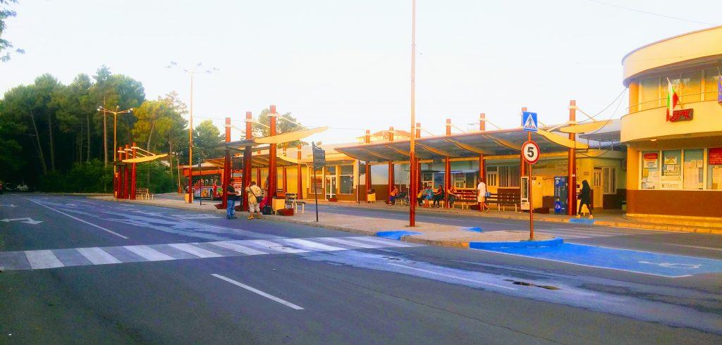 Автовокзал Солнечный Берег_Автогара Слънчев Бряг