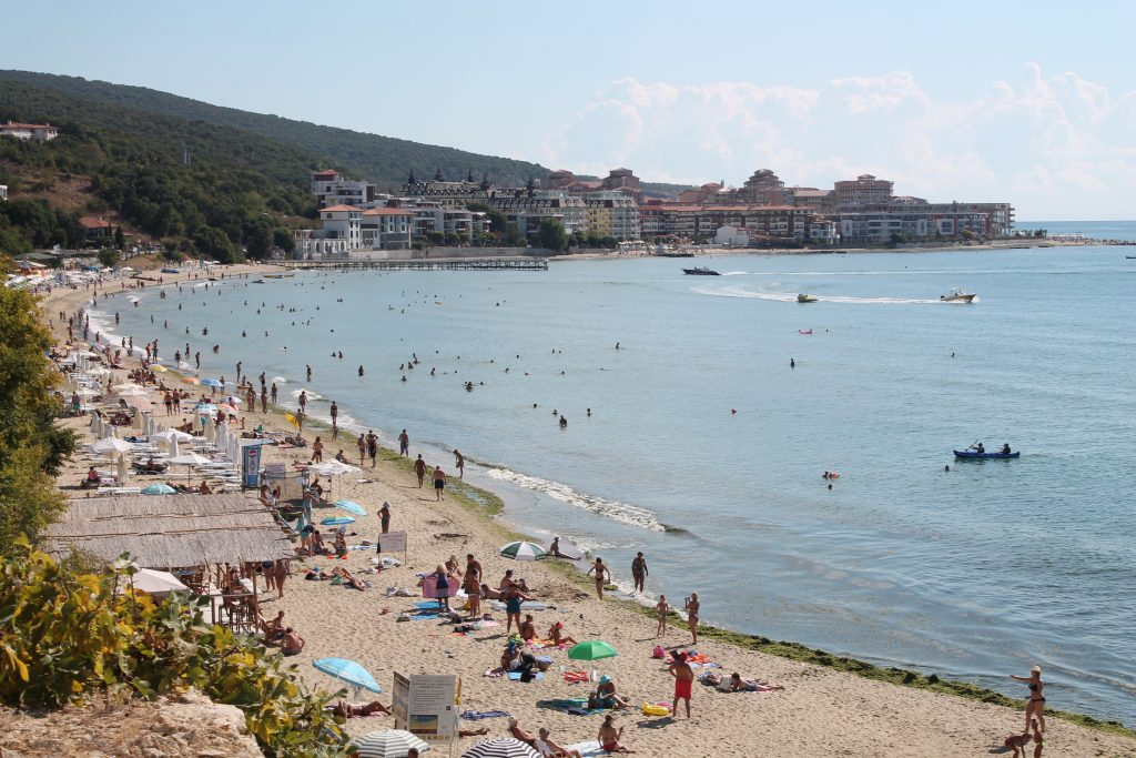 5 лучших комплексов по аренде_Святой Влас пляж