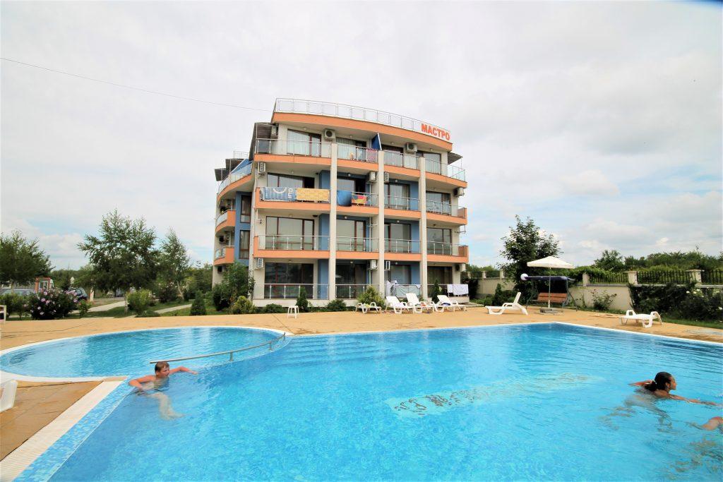 9fd2c44487500 Апартамент для круглогодичного проживания в г.Несебр, Болгария — за ...